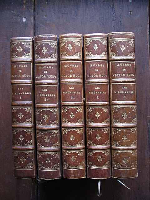 Hugo Victor œuvres Les Miserables 5 Volumes Paris